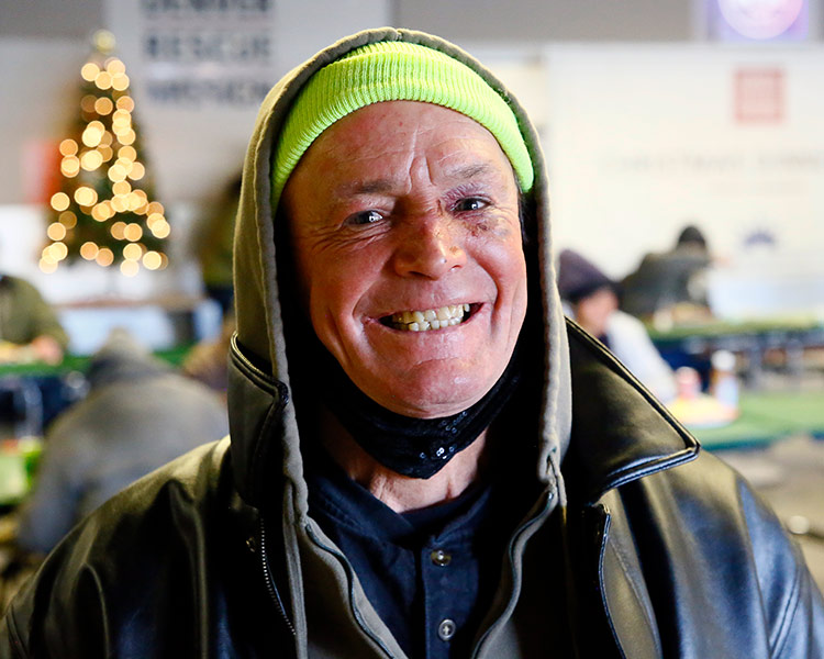 Let Your Hearts Be Light: Merry Christmas from Denver Rescue Mission 6